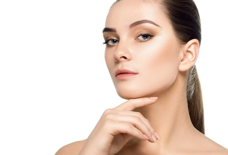 Gesicht konturieren mit Botox® und Hyaluron